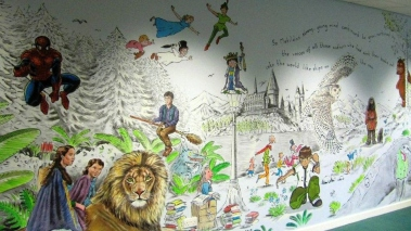 Rory McCann hand painted mural wildlife art school painting (111)